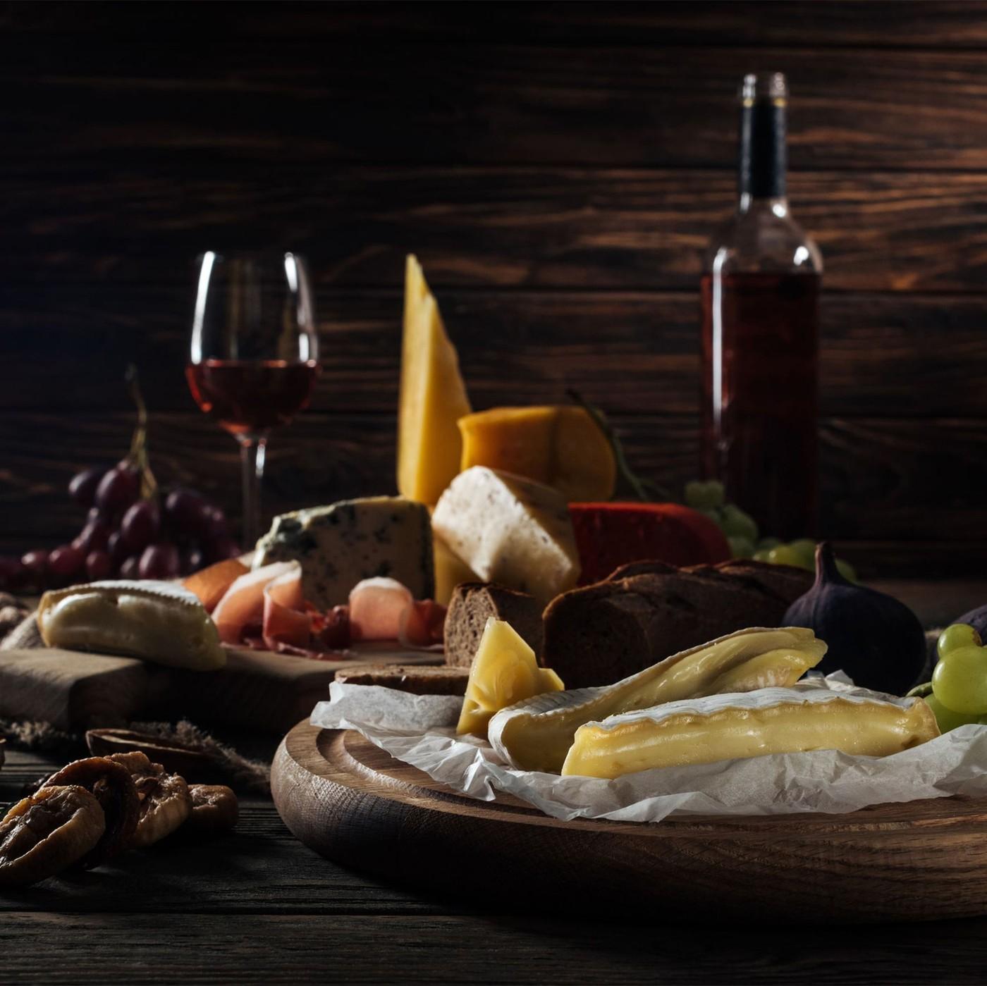 receta de Tris Occelli Con Hojas De Castaño, Con Pimienta Negra Y Roja En Grano Y Con Fruta Y Grappa
