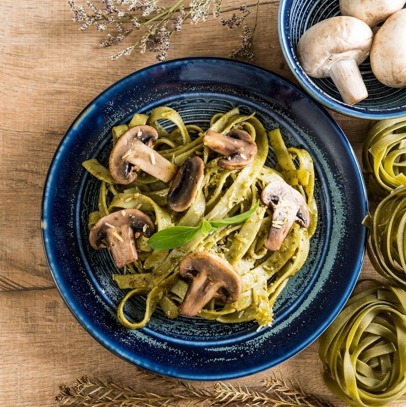 receta de Fettuccine Uovo Con Spinaci N.310
