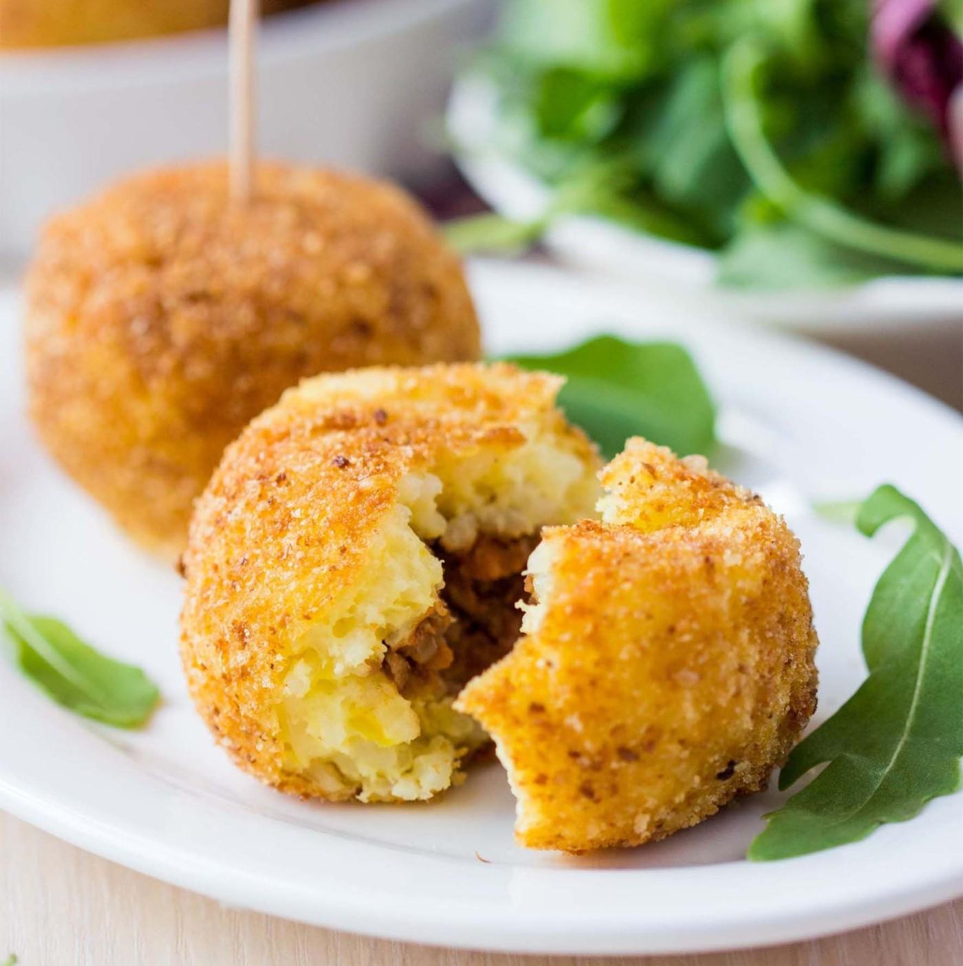 receta de Polpettine de berenjena con mozzarella y provola ahumada