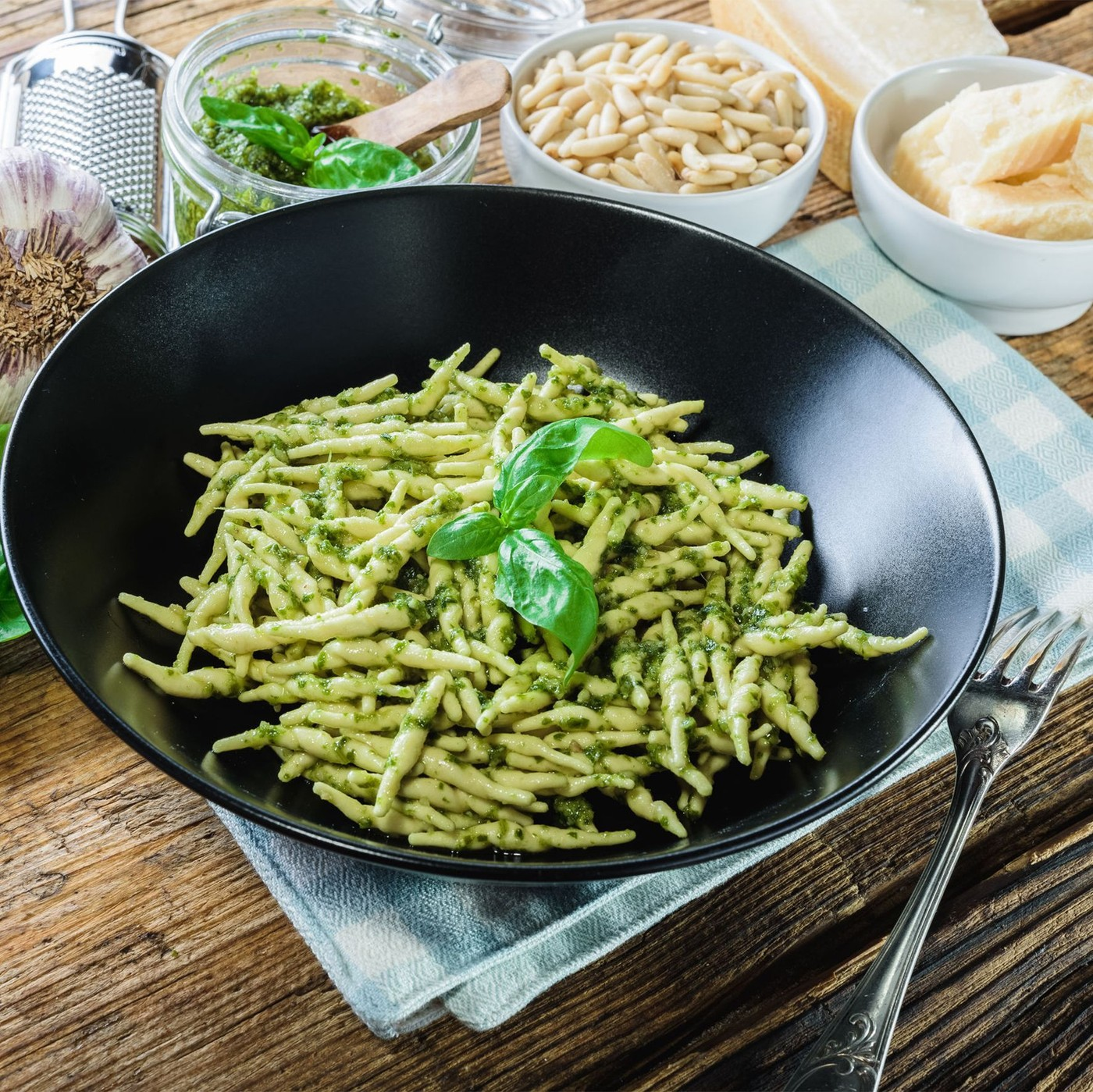 receta de Strigoli Con Pesto A La Genovesa