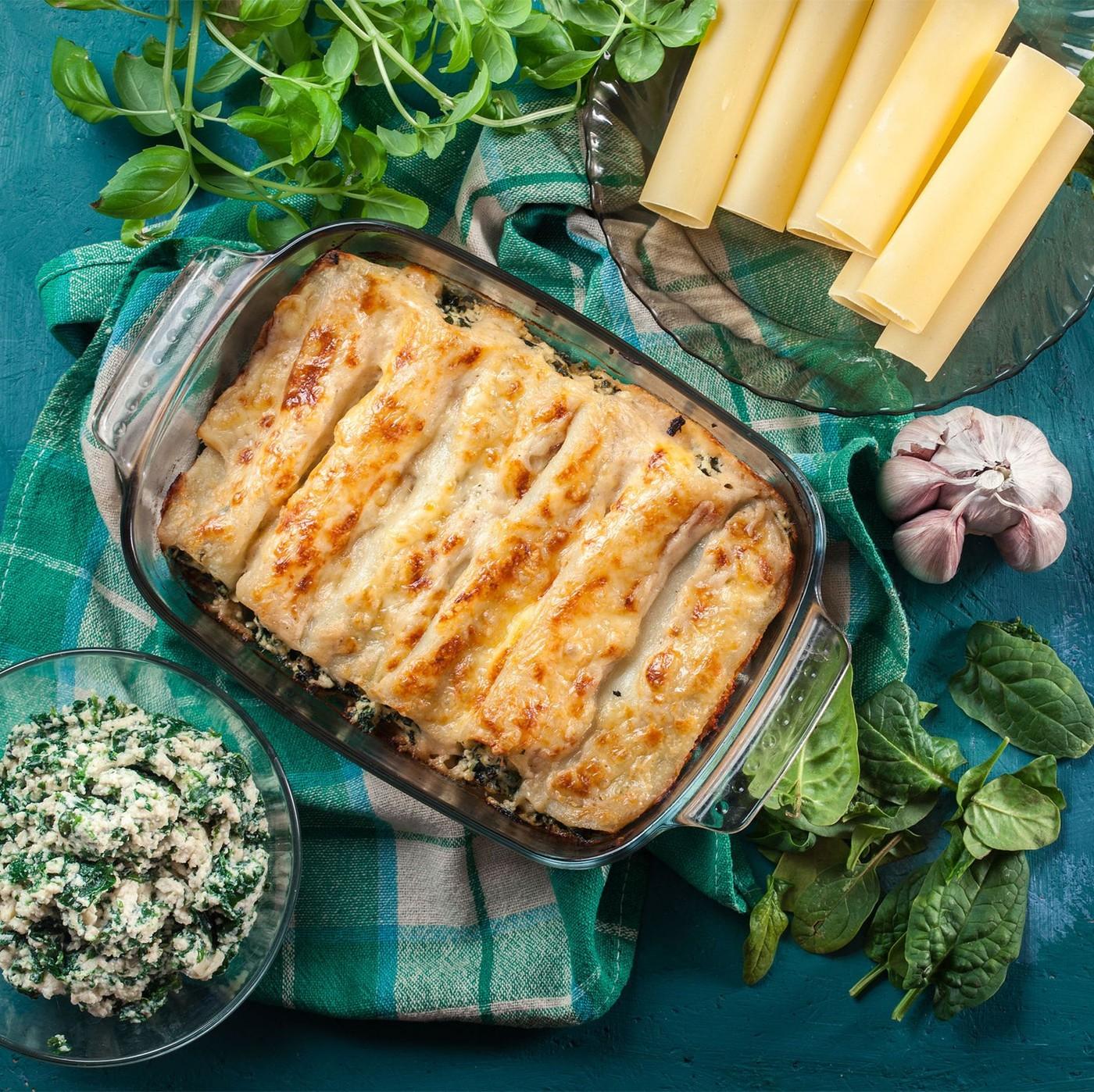 receta de Canelones de ricotta y espinacas con bechamel