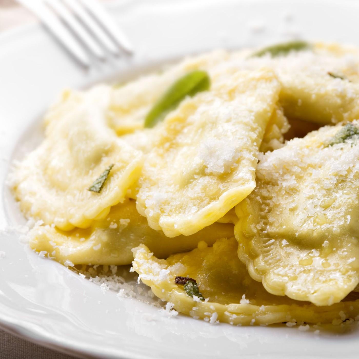 receta de Tortelli Mezzaluna Burro E Salvia