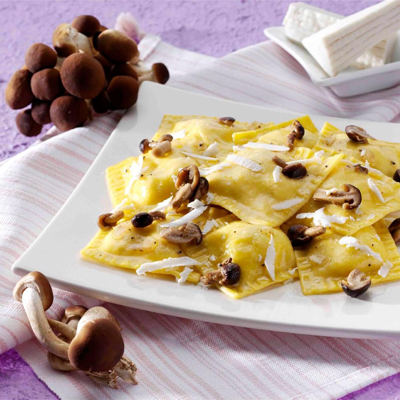 receta de Quadrelli con estofado de chianina y setas de cardo