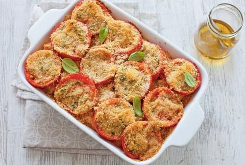 Rigatoni y tomate fresco al horno